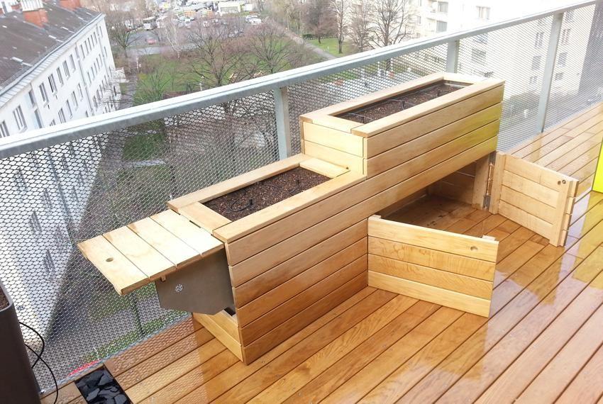 hochbeet mit arbeitstisch und stauraum garten pinterest garten balkon und terrasse. Black Bedroom Furniture Sets. Home Design Ideas