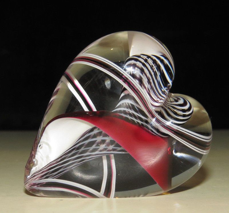 "Gorgeous Black, White, Clear and Red 'Heart' Art-Glass Paperweight w/swirls & latticino - (although the piece is not signed nor do I have paperwork, I do believe it be by Steven Maslach of Cuneo Furnace) it has a flattened spot that allows it to be displayed upright to let light through or can lie flat, it is approx. 2-1/4"" x 2"" 