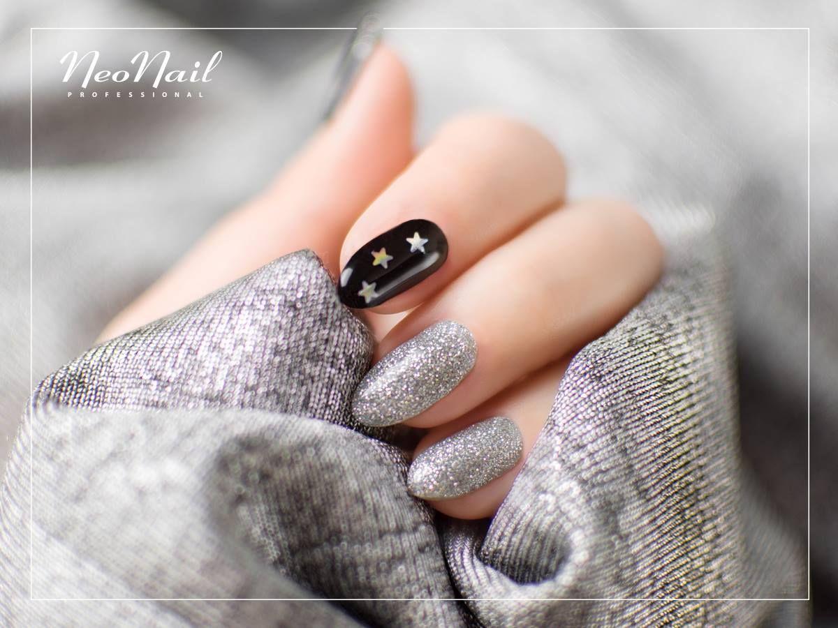 Srebrne paznokcie hybrydowe / NeoNail   Paris - my love ...