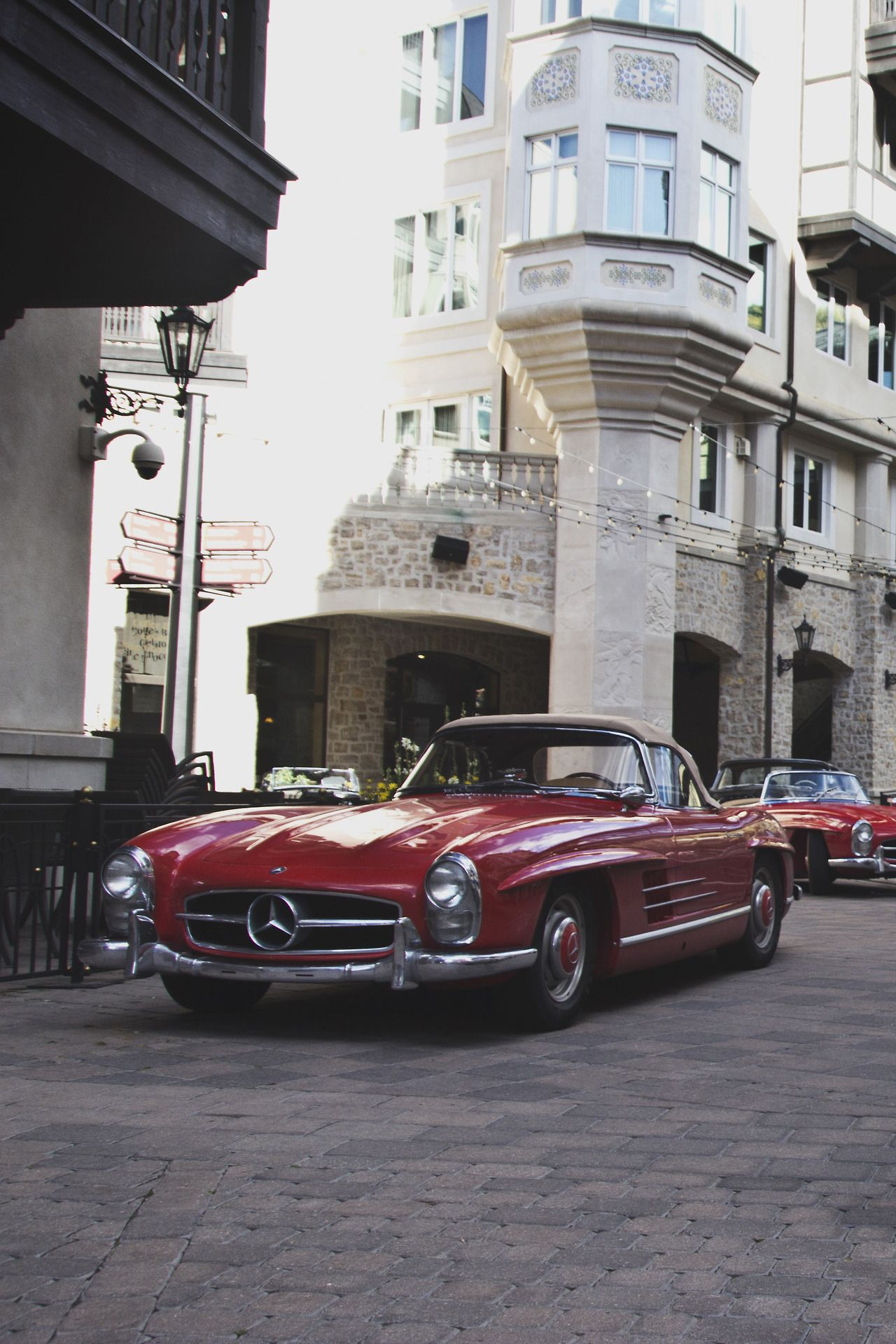 Would like red e class mercedes benz vintage join. All