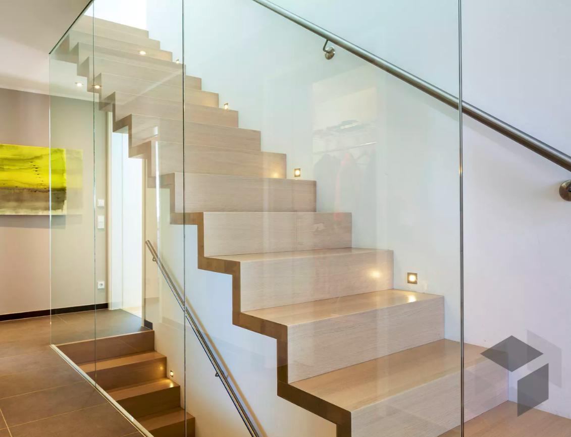 Treppengelander Mit Glas Verkleiden Offenes Treppengelander Verkleiden