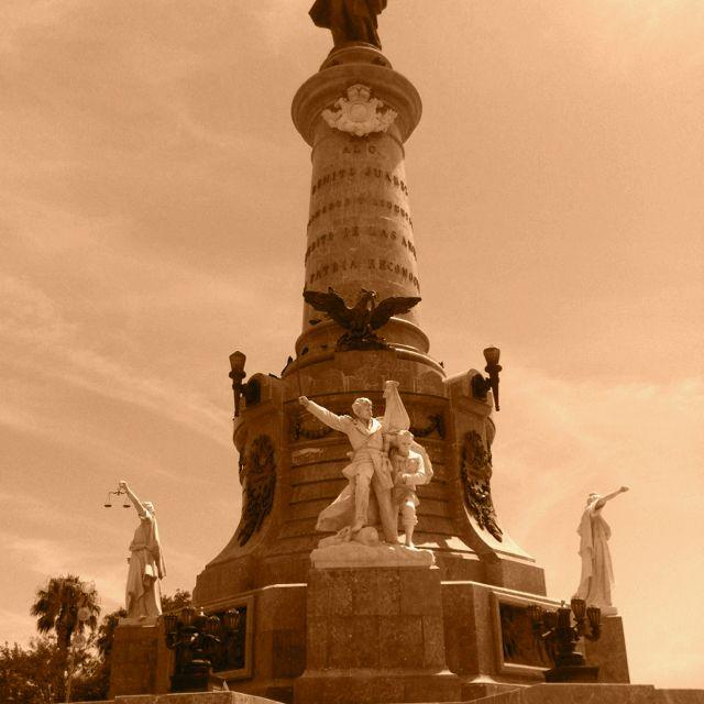 Monumento a Benito Juárez, en el corazón de la ciudad!