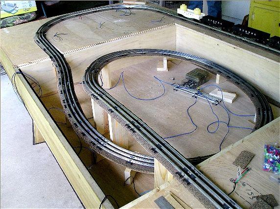Lionel Train Layouts Fastrack