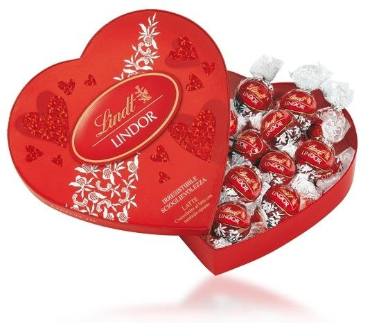 Valentines Chocolate Gift Boxes : Lindt lindor amour heart box g a valentine s day