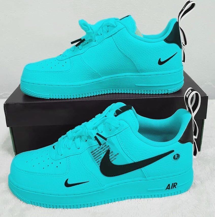 Escándalo Fuente cortina  The Buzz Sneaker on Twitter | Nike air shoes, Nike shoes air force, Hype  shoes