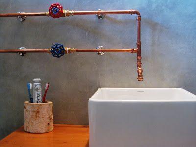 Tuyaux apparents | Salle de bain en 2019 | Salle de bain, Plomberie ...