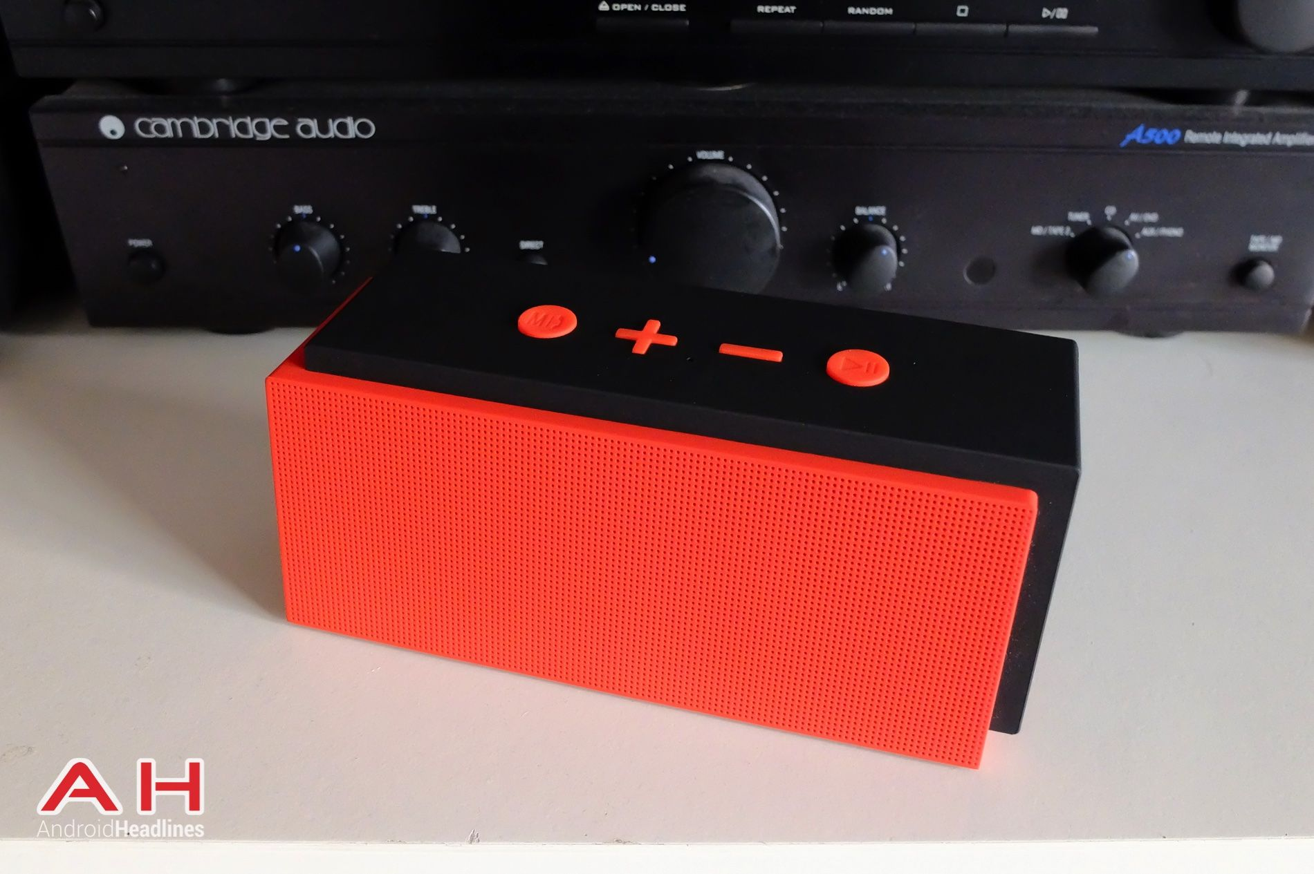 Featured Review: Inateck Mars Box Bluetooth Speaker