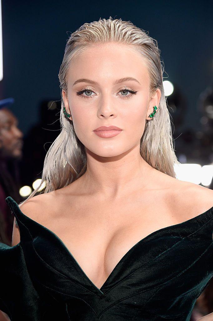 , Singer Zara Larsson attends the 2016 MTV Video Music Awards at…, Hot Models Blog 2020, Hot Models Blog 2020
