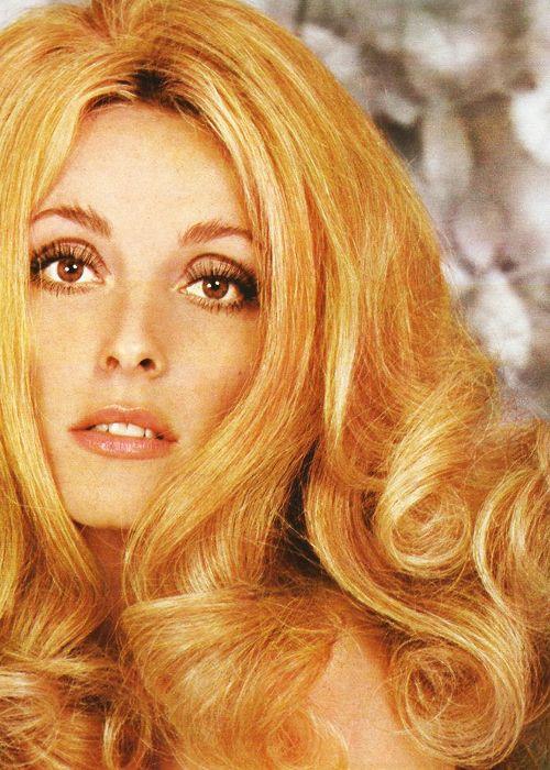 Épinglé sur Brigitte Bardot Hairstyles