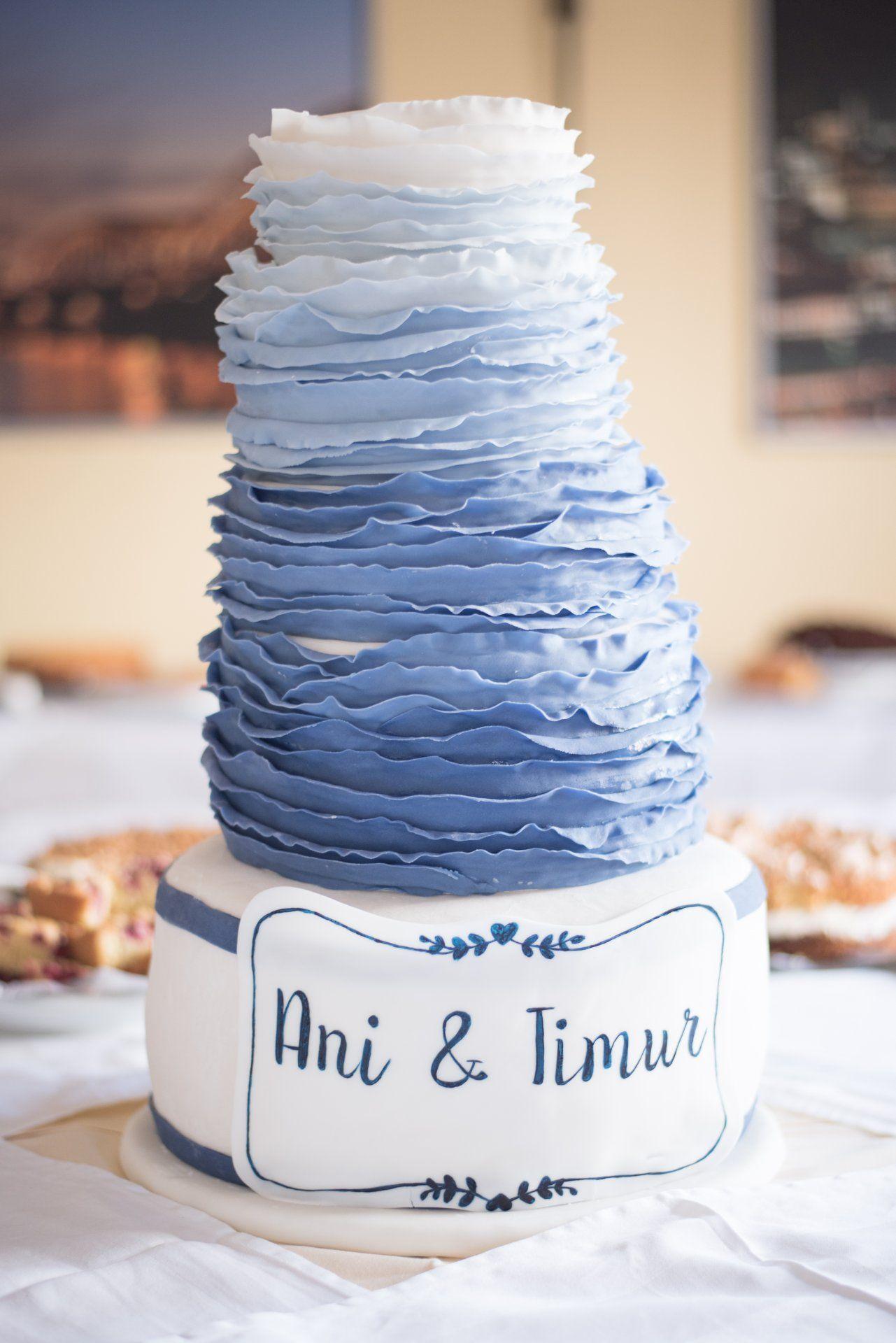 Hochzeit Hochzeitstorte Blau Weiss Details C Kerstin Pinnen
