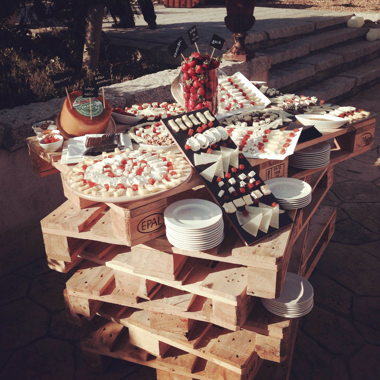 Mesa de quesos nuestras bodas pinterest mesa de - Mesa de quesos para bodas ...