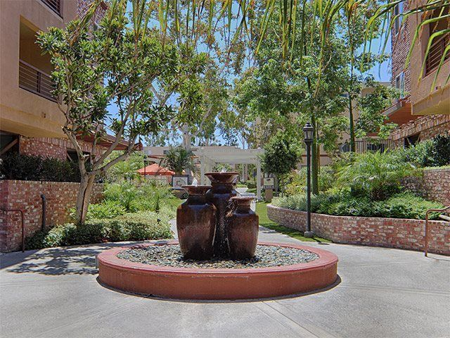 California Bungalow Victoria S Colonial Bungalow Fling: * Elegant Water Fountains Throughout The Community