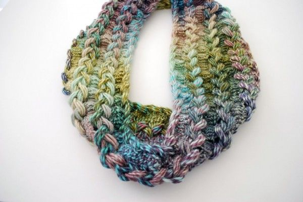 Hairpin Lace Infinity Scarf Free Crochet Pattern From