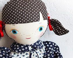 Revoluzza Dolls