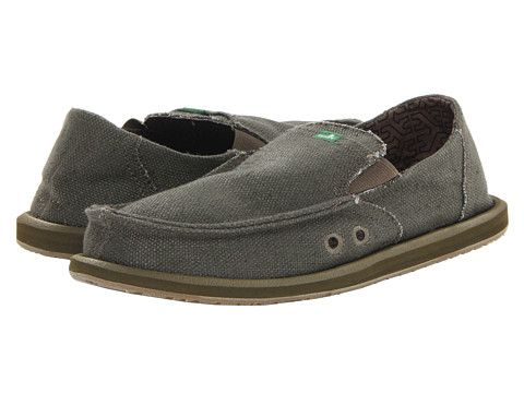 The Sanuk Sidewalk surfer boat shoes are 100% Vegan, made of Hemp and have