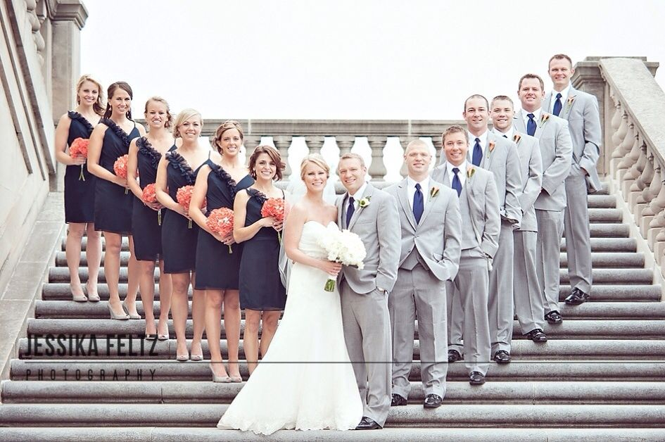 fall bridal party pictures%0A I really like the way they inverted the usual  u    wedding party picture u     by  placing the bride and groom in the front  Also loving the grey suits