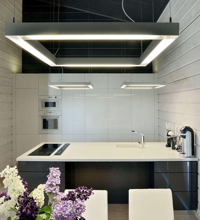 Monarda_Kitchen5.jpg 678×745 pixels