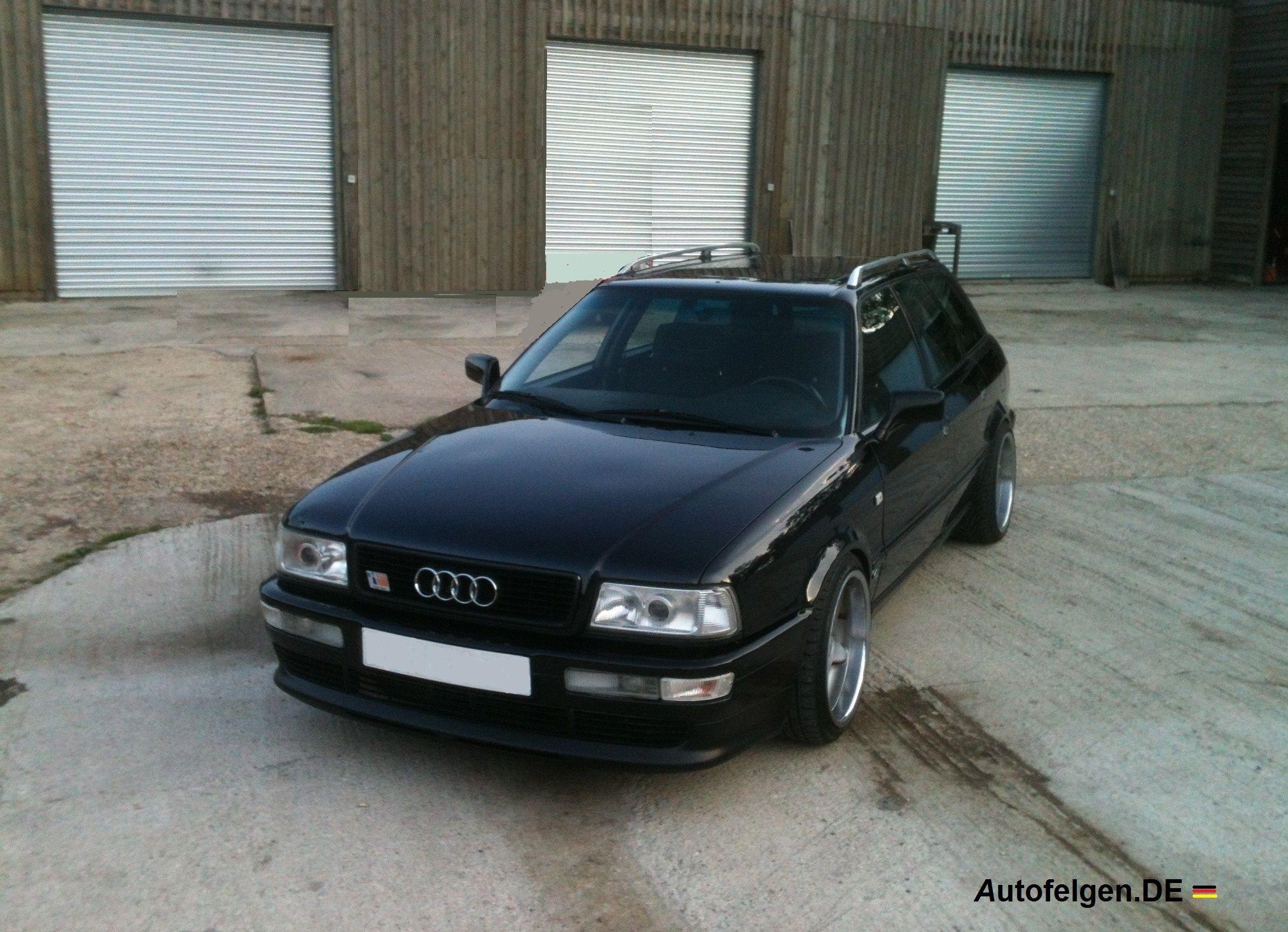 Audi S2 Sedan B4