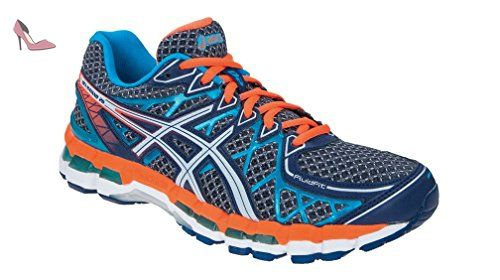 chaussure asics course pied