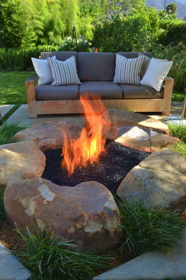 40 Super Cool Backyards With Cozy Fire Pits Backyard