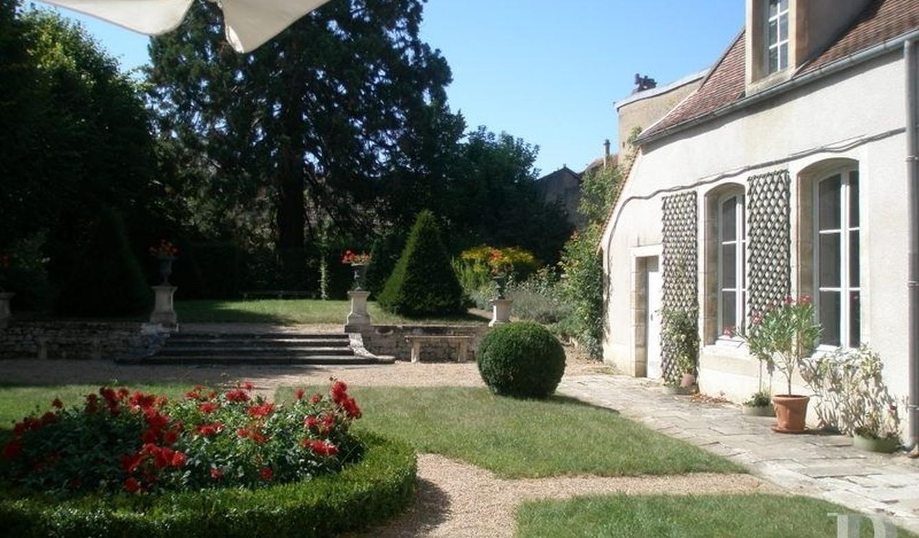 Bourges House - - #Décoràlamaison Maison de maitre Maison de maître Maison