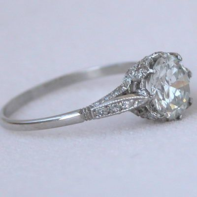 only way to do a solitaire Platinum 138ct Diamond Edwardian