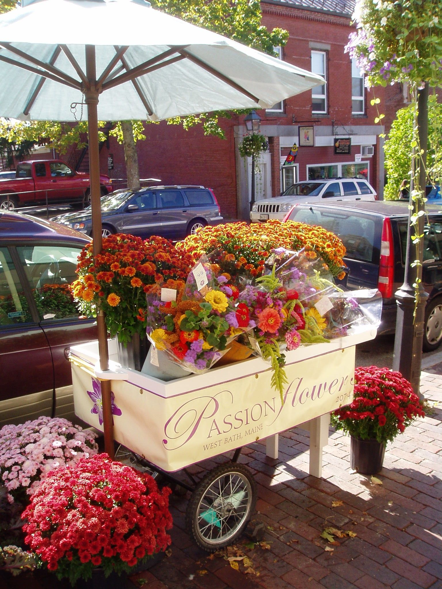Street Flower Cart Street Bath Maine The City Of Shipsflower Cart