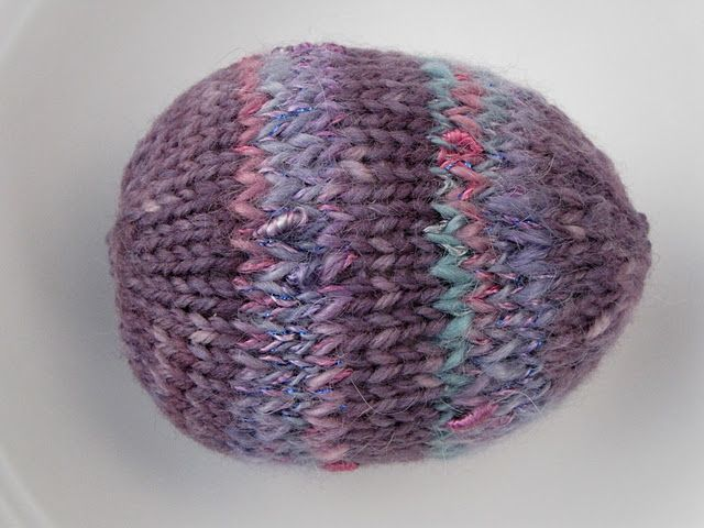 Knitted Easter Egg Pattern Tutorial | Yarn diy, Knitting ...