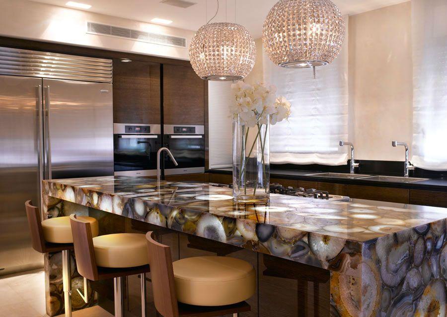 hinterleuchtete Edelstein-Arbeitsplatte in der Küche Stein und - arbeitsplatten granit küche