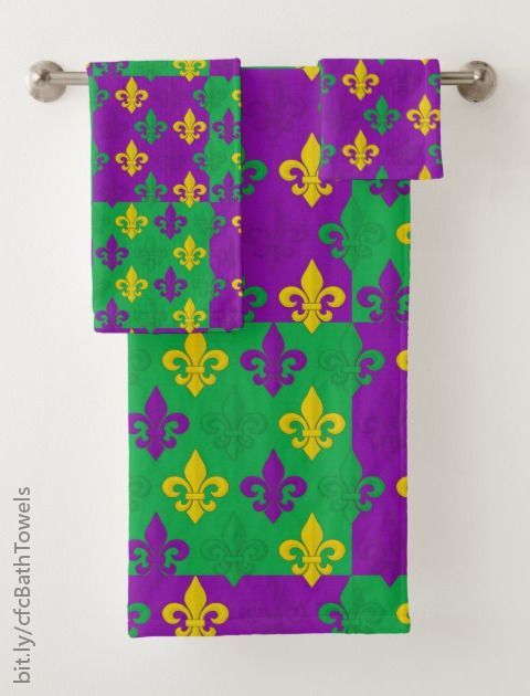 Colorful Mardi Gras French Fleur De Lis Pattern Bath Towel Set Zazzle Com Patterned Bath Towels Colorful Bath Decorative Bath Towels