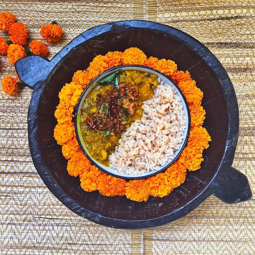 pumpkin and black-eyed peas coconut curry A delicious Kerala curry flavoured with both fresh shredded coconut and browned coconut.