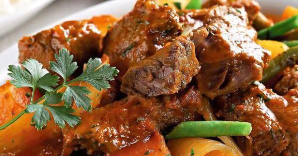 Veja a Deliciosa Receita de Receita de M�sculo na panela de press�o. É uma Delícia! Confira!