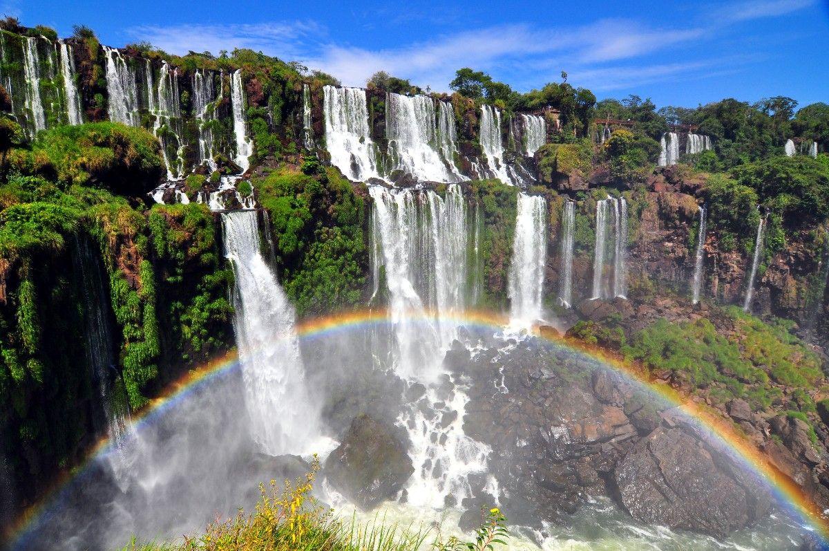 Iguazu Falls: Brazil and Argentina Falls Tours and Transfers