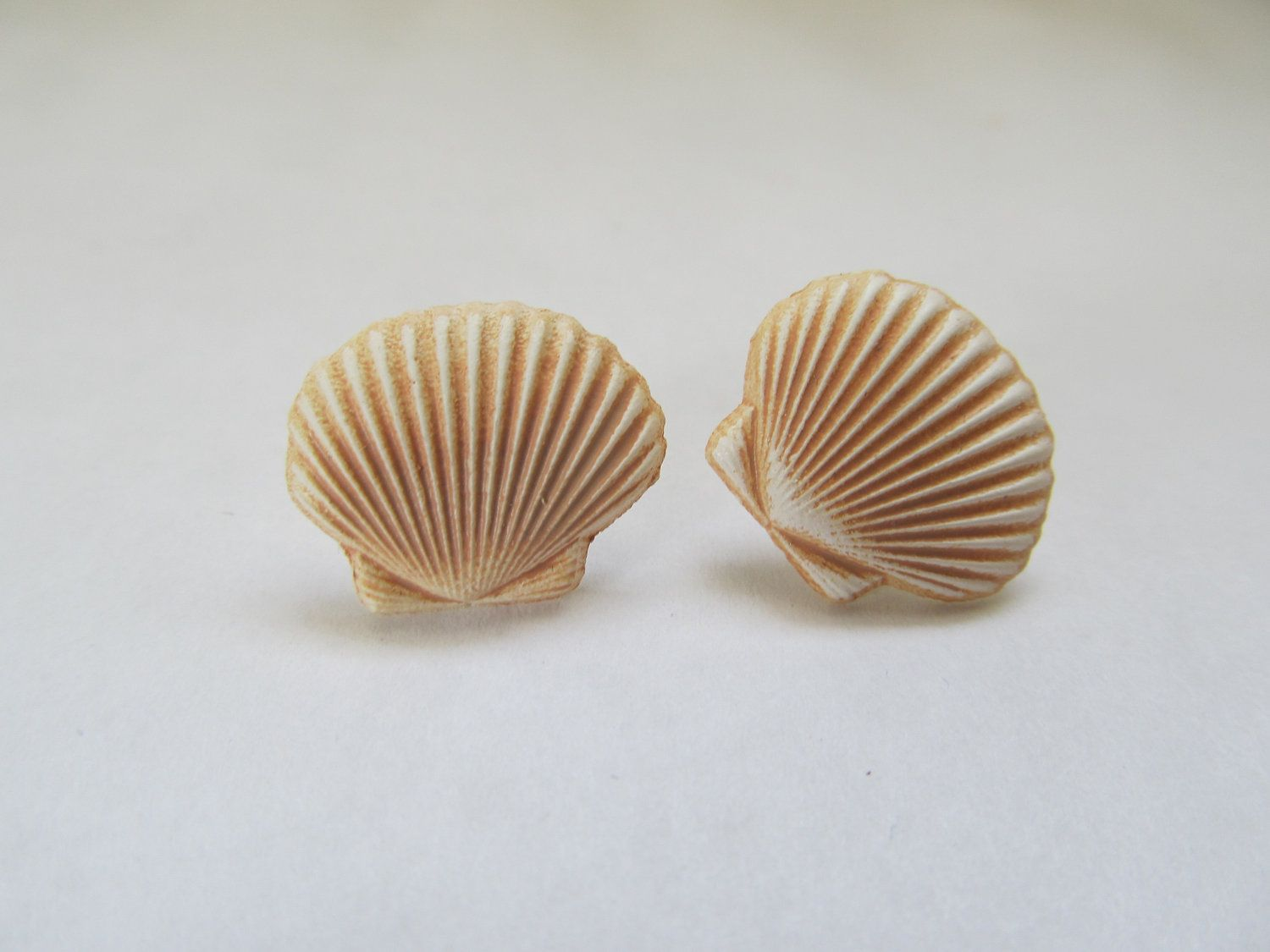 cast earrings water stud pin seashell