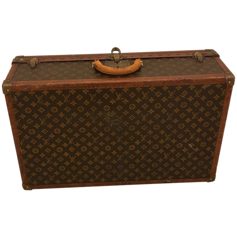 19c47891b9cc 1930s Louis Vuitton Leather Trunk or Suitcase in 2019