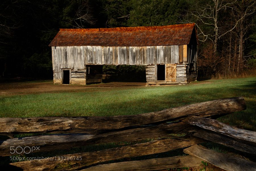 Popular on 500px : The Old Barn by KipStahl