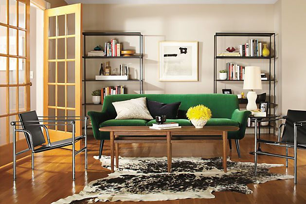 Living Room, Green Sofa, Pantone Announced Their Color Of The Year To Be  U201cEmerald Greenu201d In 2013