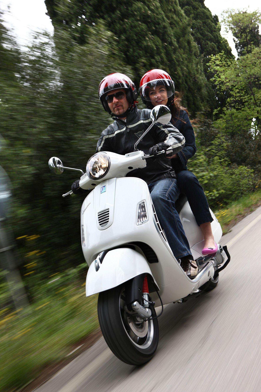 Girl Sprint Car Wallpaper Vespa Gts 300 Super Vespa Love Vespa 300 Vespa Gtv