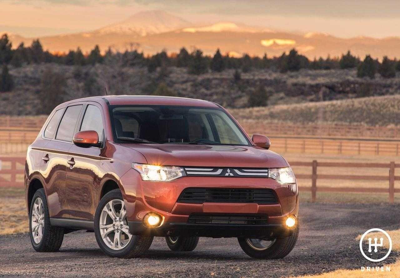 2014 Mitsubishi Outlander US-Version | Mitsubishi ...
