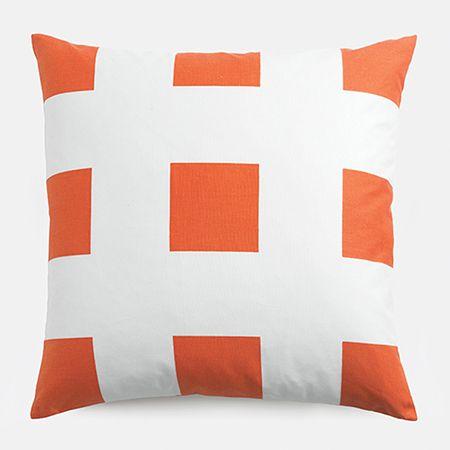 bed throw pillows