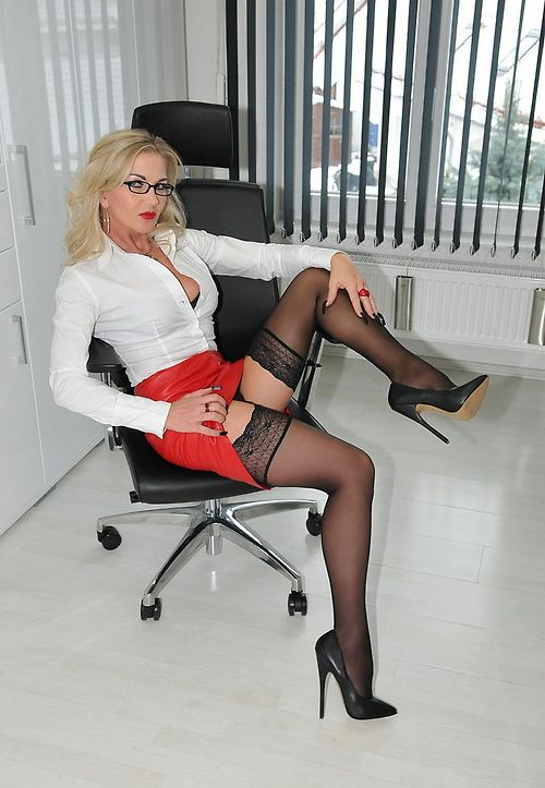 Reblog Milf Porn Mature Mothers Milfs Evaluations Daily -6645