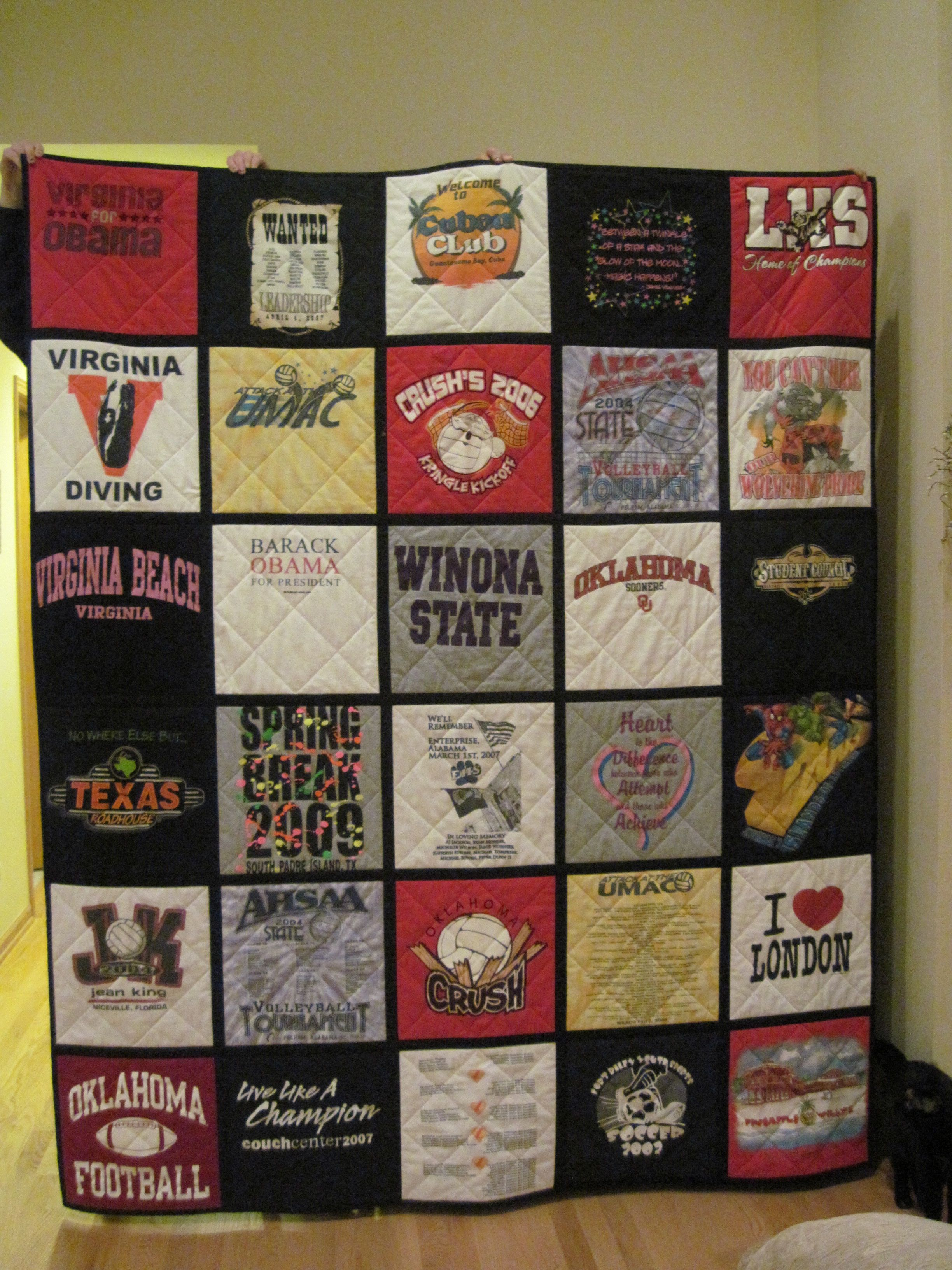 T Shirt Quilt Idea I Like The Black Border Around Each