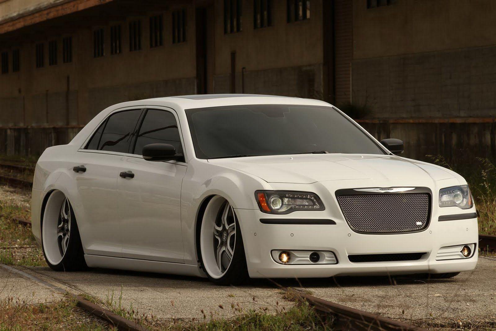 Custom Cars 2011 Chrysler 300c Cars To Be Fully Customized