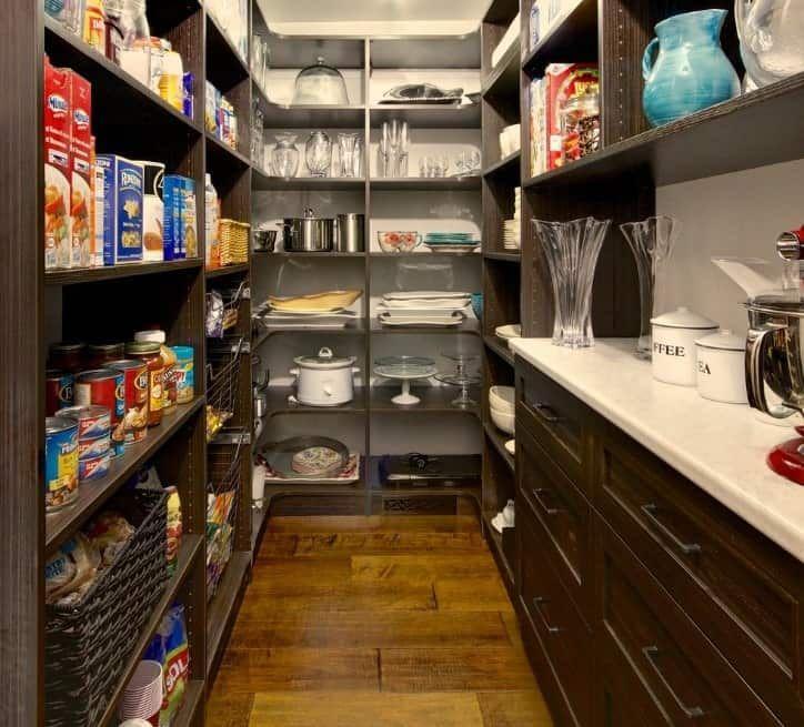 45 Gorgeous Walk-In Kitchen Pantry Ideas (Photos) #largepantryideas