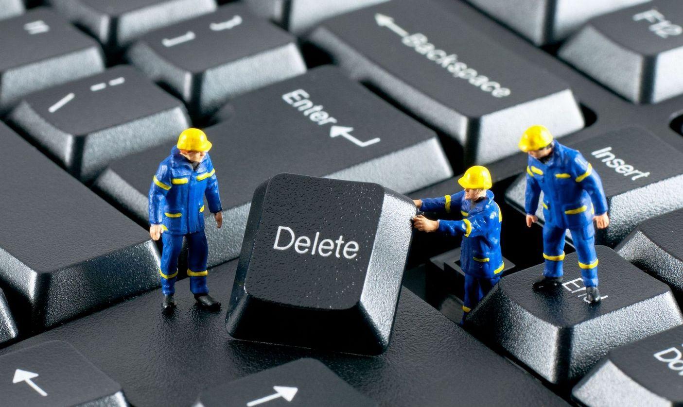 Quali sono i programmi windows inutili da cancellare. L'elenco dei software inutili preinstallati. Applicazioni e servizi inutili da togliere su ogni Pc.