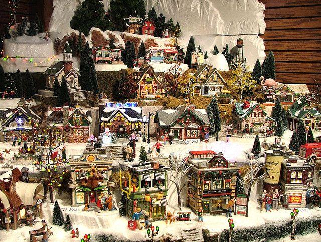 Christmas Village Collections.Department 56 Original Snow Village Series Display
