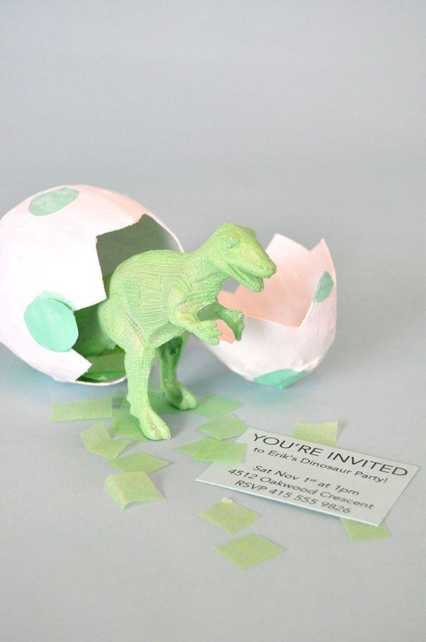 Manualidades Con Papel Huevos De Dinosaurio Huevos De Dinosaurio Invitaciones De Cumpleaños Originales Invitaciones De Dinosaurios