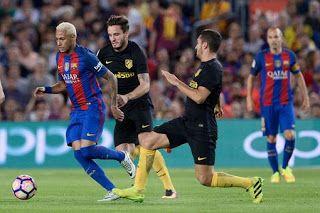 Blog Esportivo do Suíço  Messi sai machucado f50cae19d1164