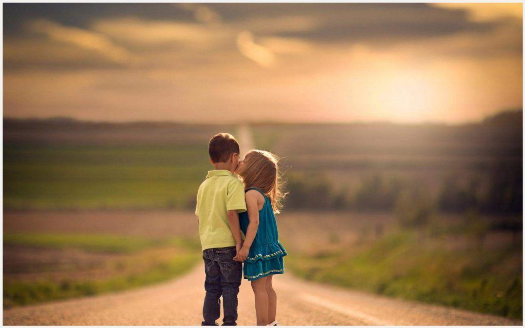 Children Kiss Cute Kids Love Wallpaper