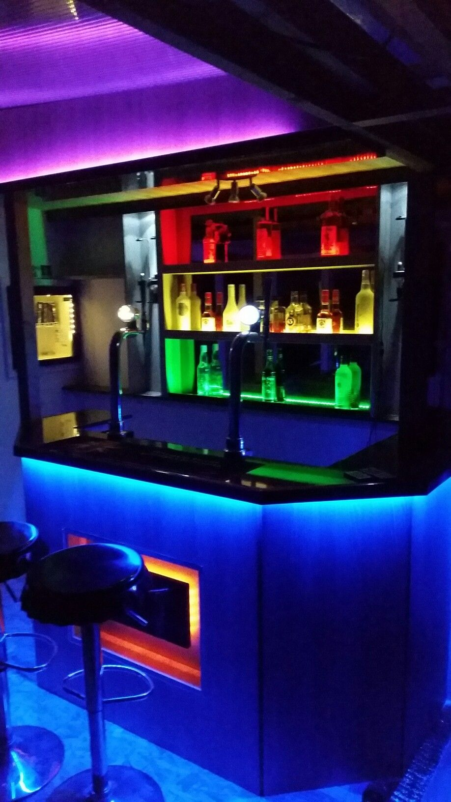 L E D Lights Ed To Home Bar Man Cave